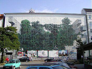 Gertigstr., Hamburg - Hochbunker mit Wandbild