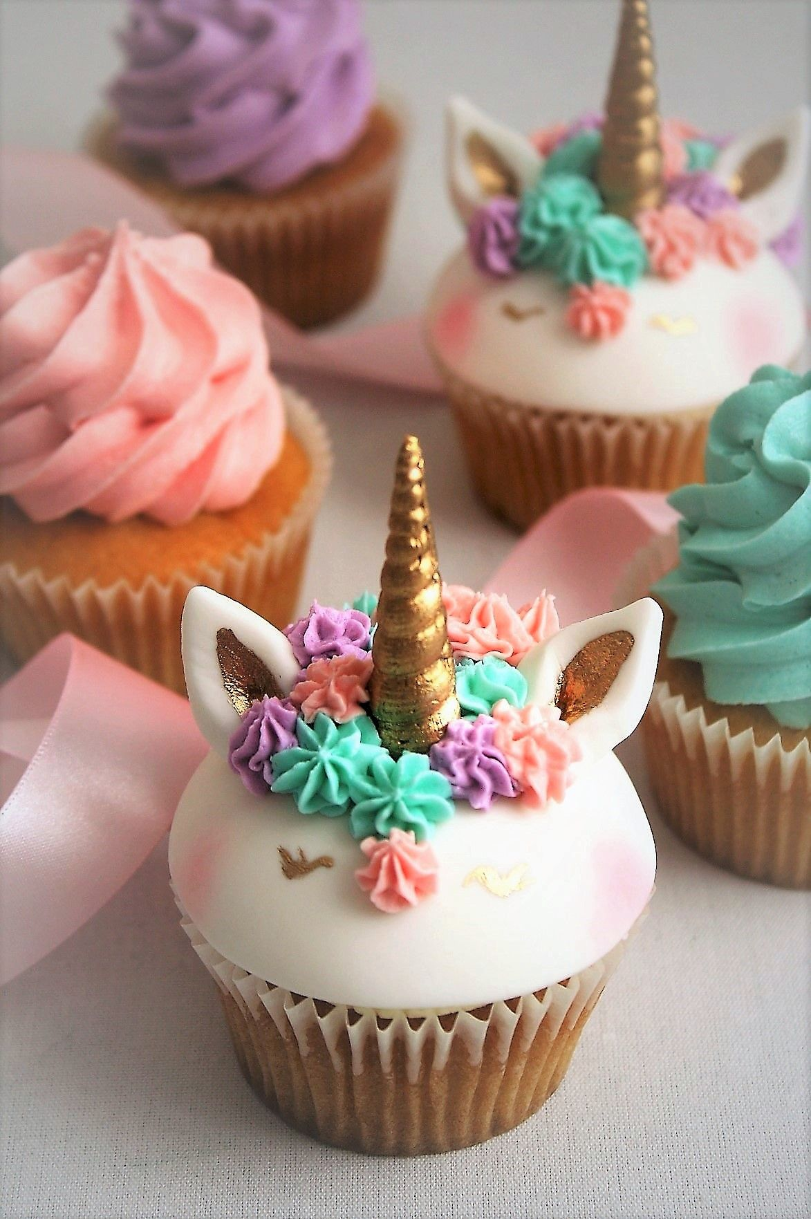 Unicorn Cupcakes Pretty And Pink Little Girls Cakes