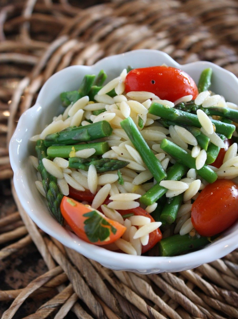 Lemon Orzo Salad with Asparagus and Tomatoes