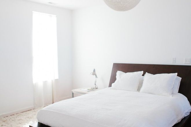 There are some decor ideas that take hold of our interiors and don't let go. The kind of ideas that after awhile begin to seem like design rules, things you can't break (even if you want to). Keep an open mind, evolve your style and say goodbye to these outdated decor ideas in your interiors today.
