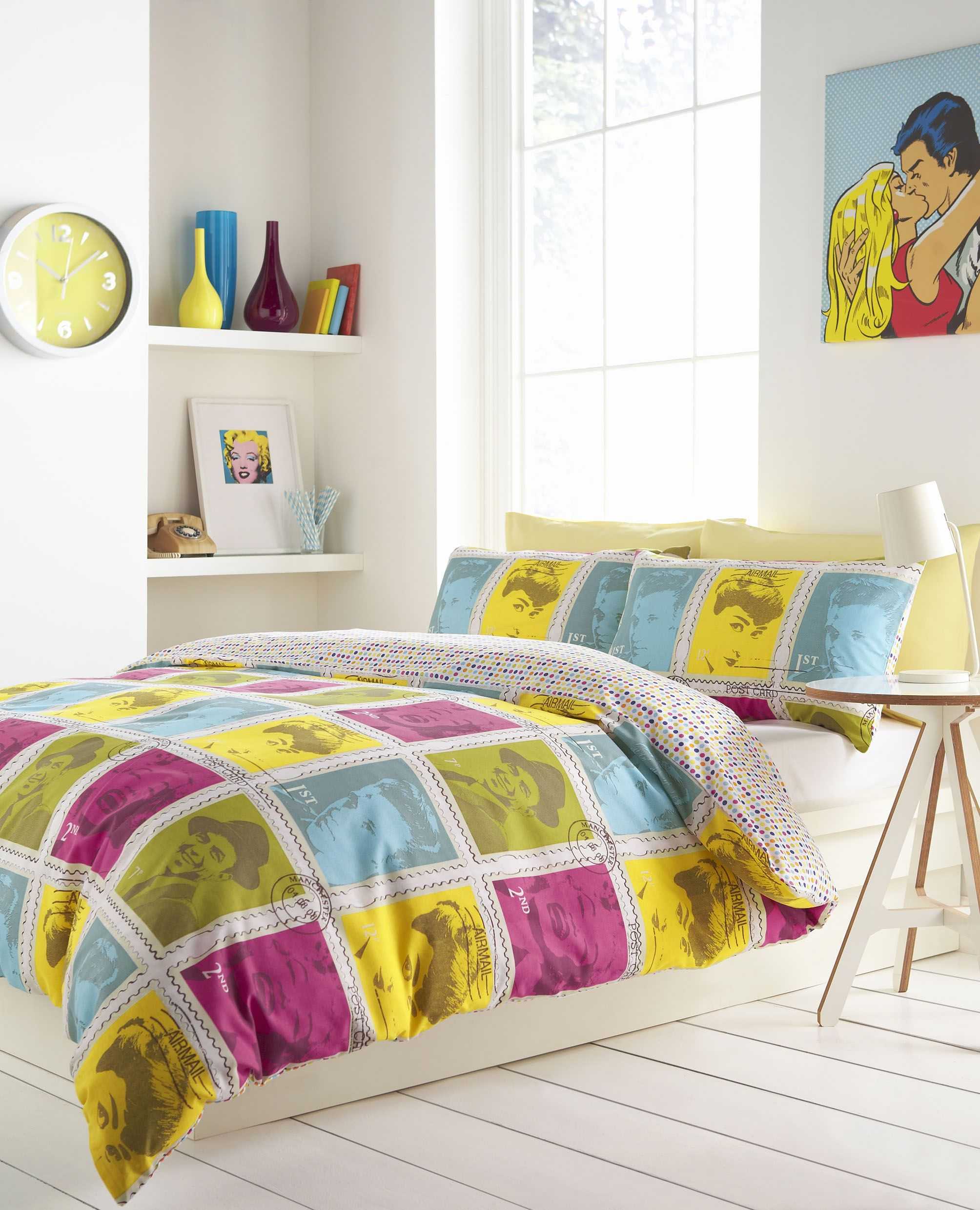 Wall of Fame Influenced by Popart Cheap bed linen