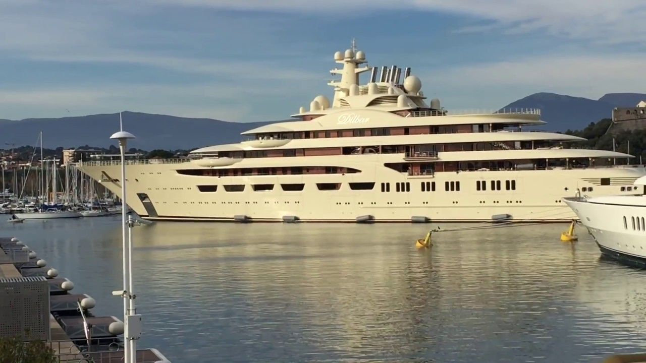 Dilbar Yacht Docking Full Maneuver Yacht Antibes France Antibes