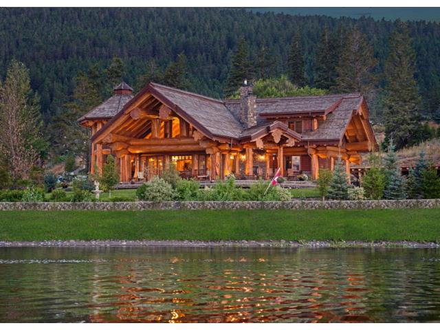 kit de maison en bois rond construction chalet usin prestige home scandinave poteau Pinterest
