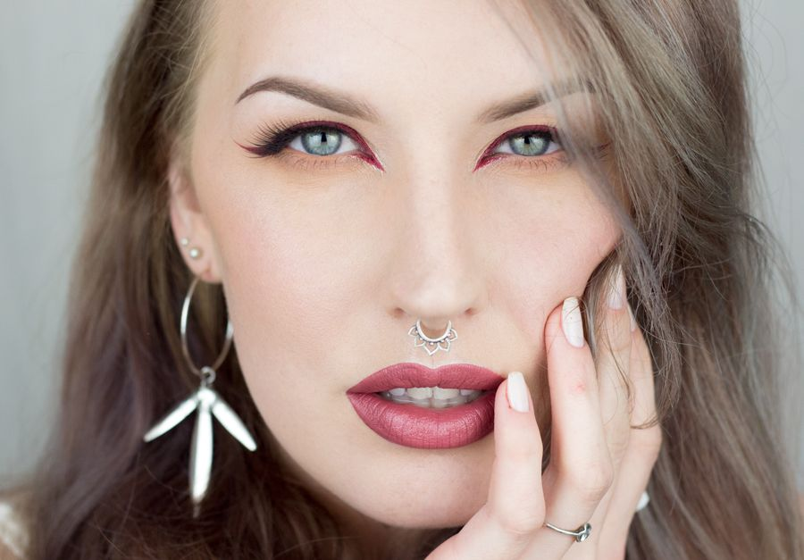 Sandra Holmbom --- one of my favorite makeup bloggers, who sadly ...