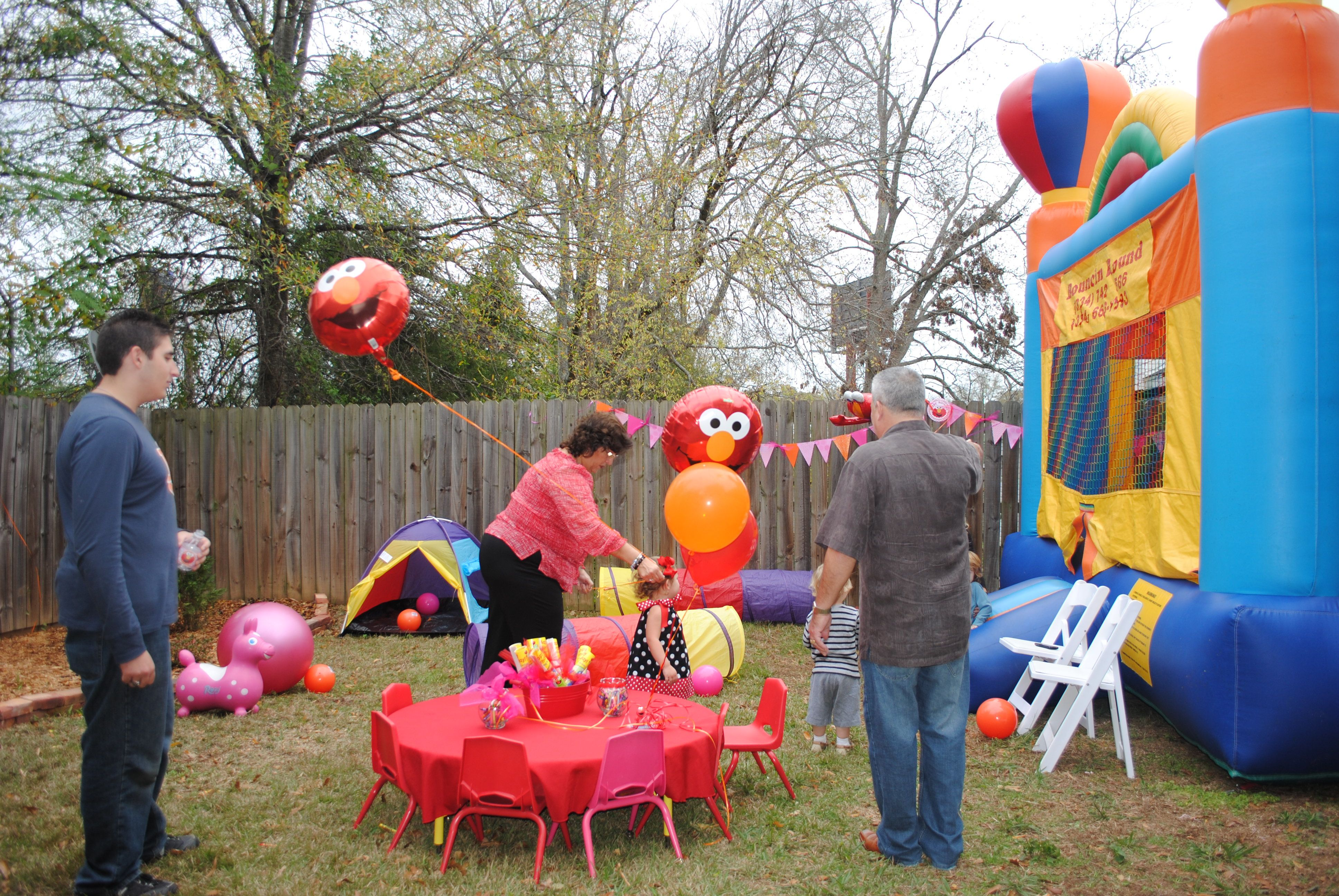 elmo table and chairs swivel reclining small kids borrowed from her daycare