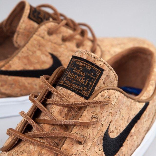7b1452b0976b7 Nike SB Stefan Janoski Elite Shoes (Cork) - Ale Brown   Black   White
