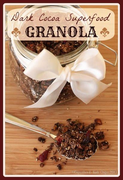 Dark Cocoa Superfood Granola | cupcakesandkalechips.com #granola #chocolate #glutenfree #vegan