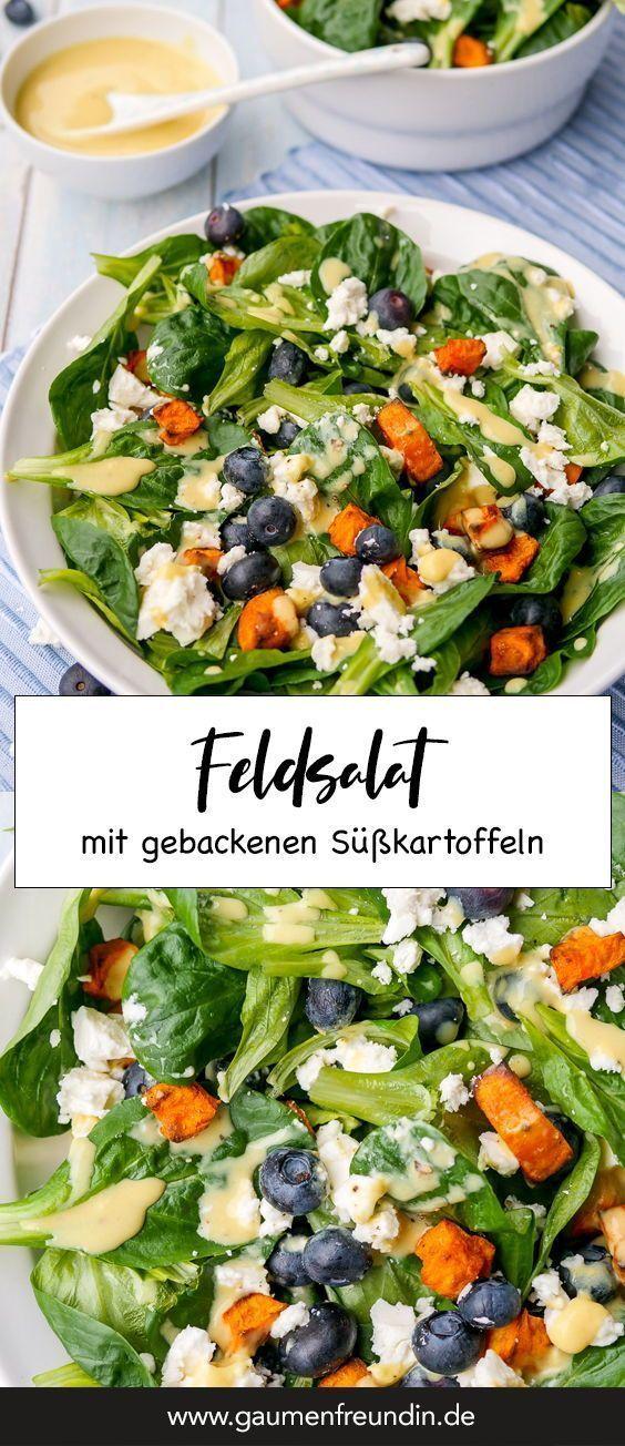 Feldsalat mit Süßkartoffeln, Heidelbeeren, Feta und Honig-Senf-Dressing