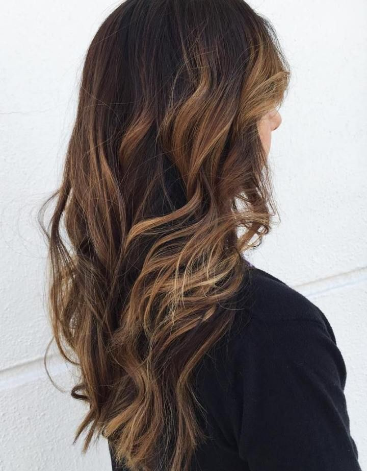 60 Hairstyles Featuring Dark Brown Hair With Highlights Scrubs