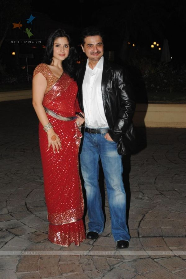 Sanjay Kapoor With His Wife In Sameer Soni And Neelam Kotharis Wedding Ceremony