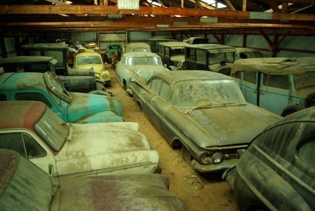New York Barn Find These Can Be Reignited Or PartedOut To Finish Bringing Their Family Members Alive Wow Antique Car Tomb