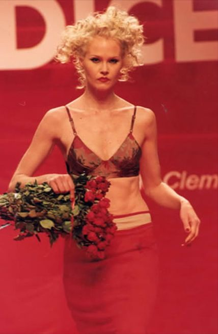 Adrienne McQueen Nude Photos 59
