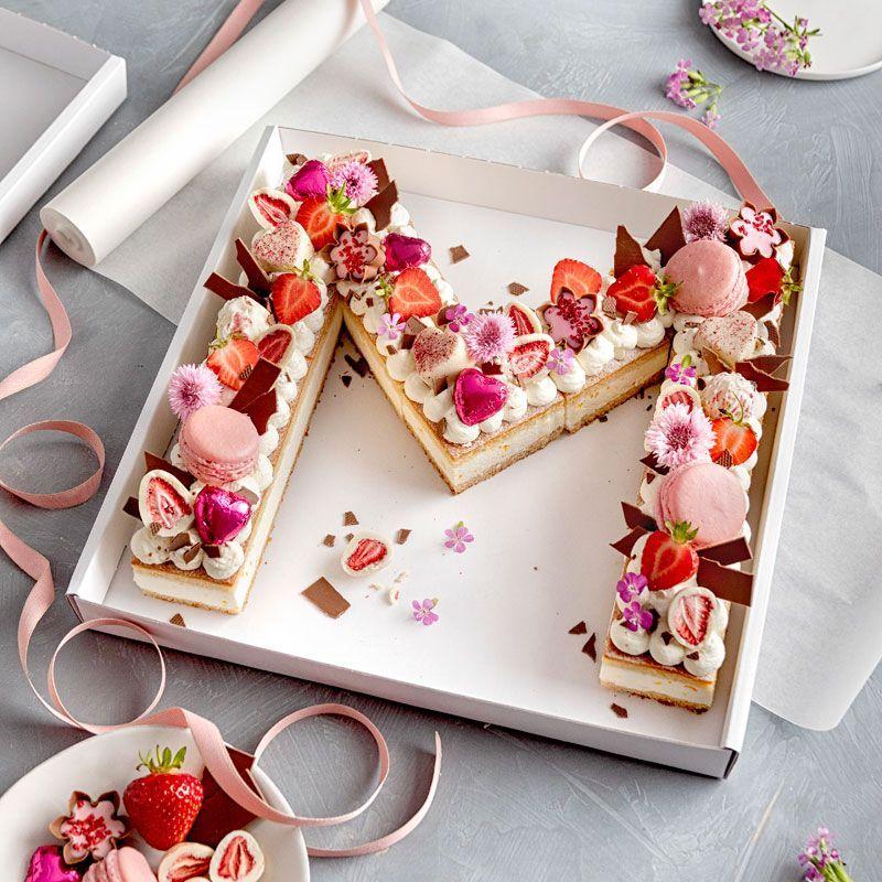 Zahlenkuchen Zahlentorte Rezept Backen Tortendeko Schokoerdbeeren Pralinen Kekse Geburt Elegante Desserts Kuchen Ohne Backen Geburtstagstorten Rezepte