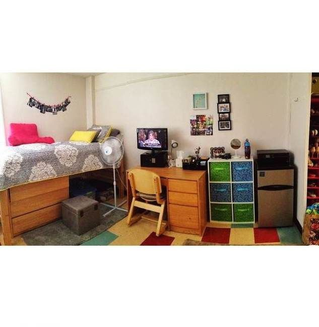 A Students Beautifully Decorated Room In Earle Hall Campuslife Residencehall Instagram Credit