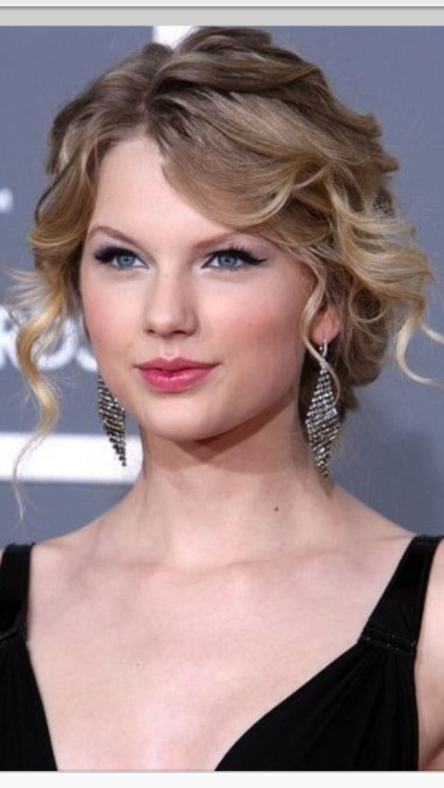 Boucles Dor Evil Stepmother Pinterest Taylor Swift Swift And