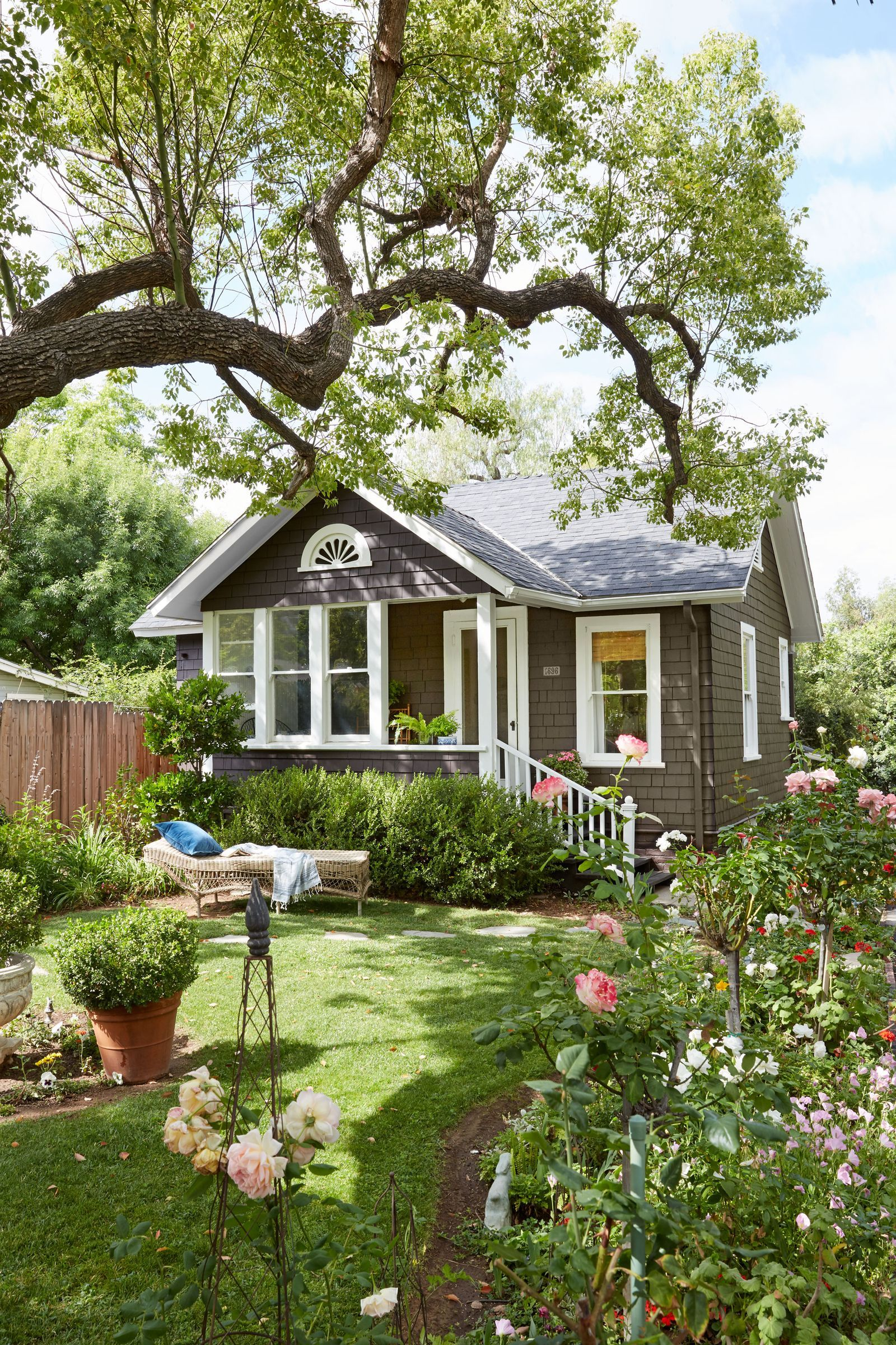 20 Exterior Paint Colors Ideas House Exterior Exterior Paint Colors House Colors