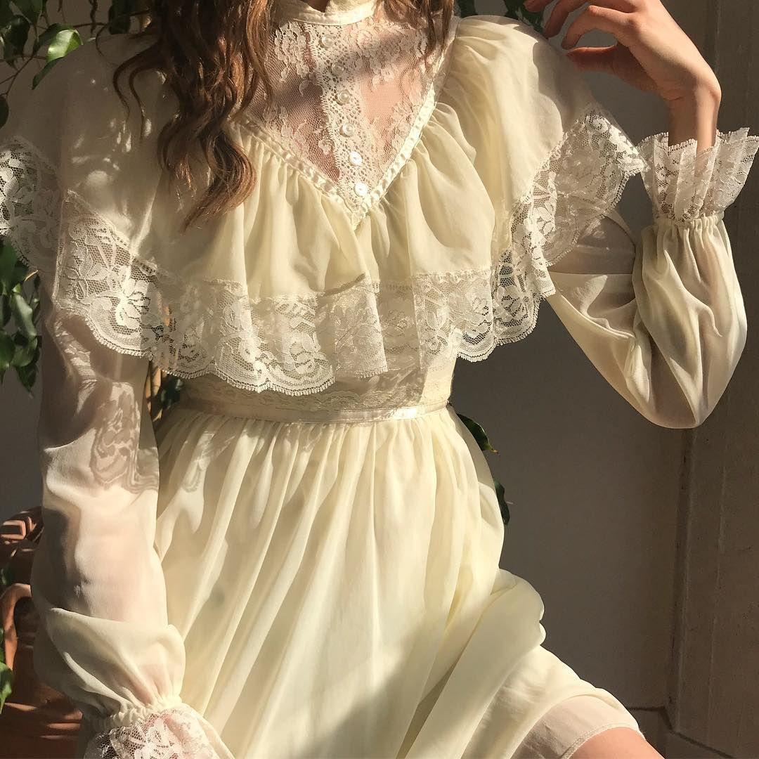 vintage dress aesthetic