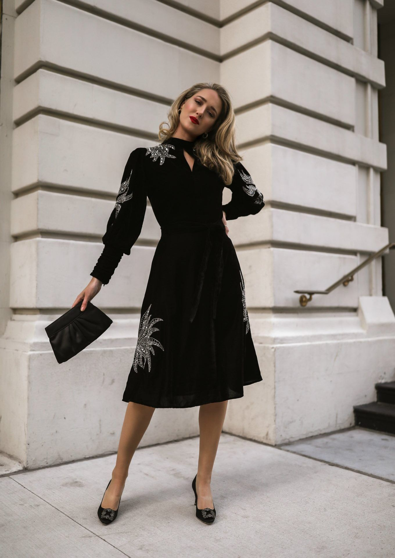 Nyc Style Blogger Mary Orton In Black Velvet Dress With Silver Beaded Detail Black Clutch And Black Heels Fashion Classy Dress Womens Sheath Dress [ 1920 x 1360 Pixel ]