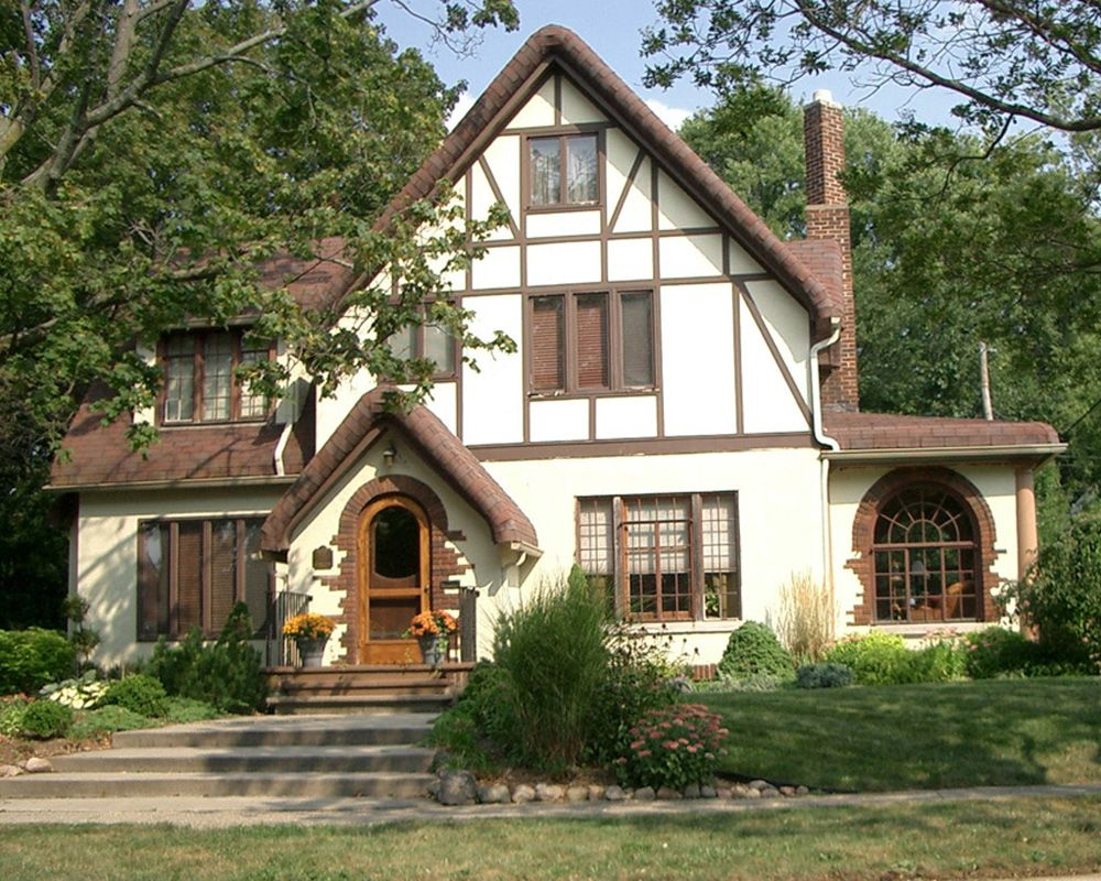 Love The Tudor Style Cottage House Plans English House German Houses