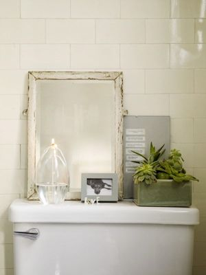 Never Thought Of Having That Much Stuff On The Back Of The Toilet But I Think I Like It Sfgirlbybay Rustic Vintage Decor Bathroom Decor