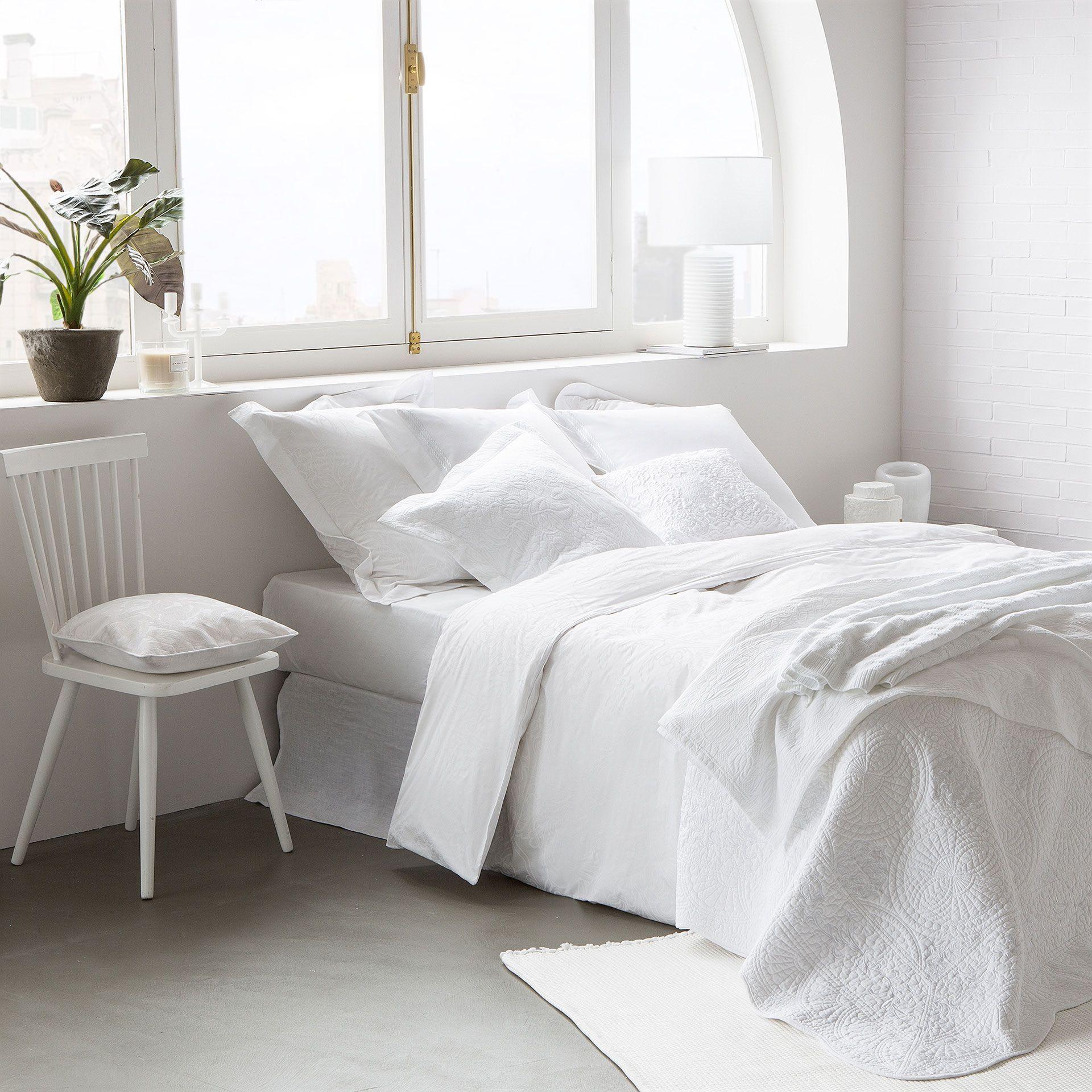 bettw sche mit blumenmuster linen bedroom linen bedding and bed linen. Black Bedroom Furniture Sets. Home Design Ideas