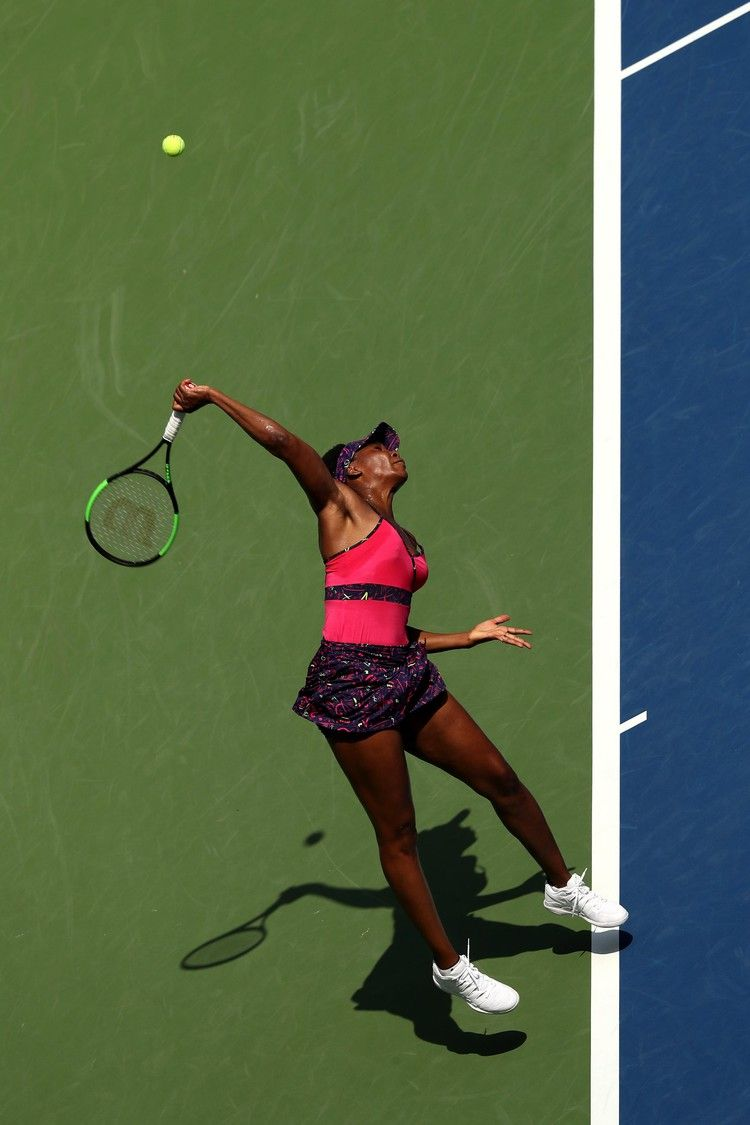 If It S Hard For You To Build Muscle Venus Williams Swears By These Moves Popsugar Build Muscle Celebrity Workout Tennis Techniques
