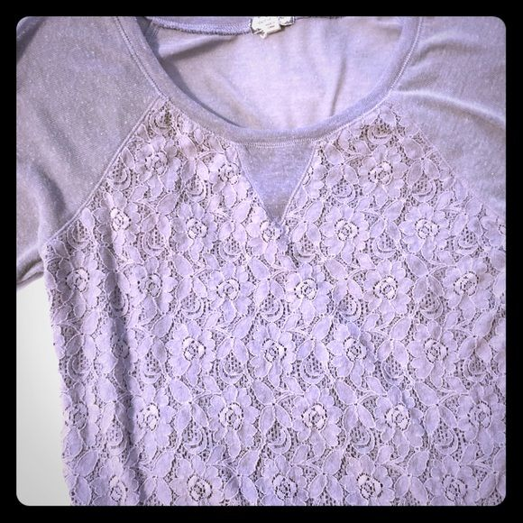 Super duper cute Grey top! 3/4 sleeves and sheer Super cute grey top. It is semi sheer in front and def sheet in the back. Worn with a tank. I don't remember where I bought it, I'm just downsizing closet. 🌺 Tops