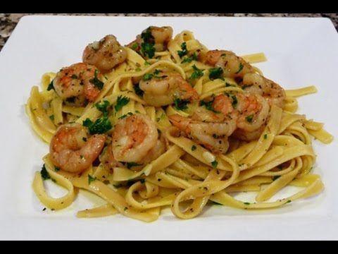 Fettuccine con camarones en salsa de ajo y limon receta for Espaguetis con ajo y perejil