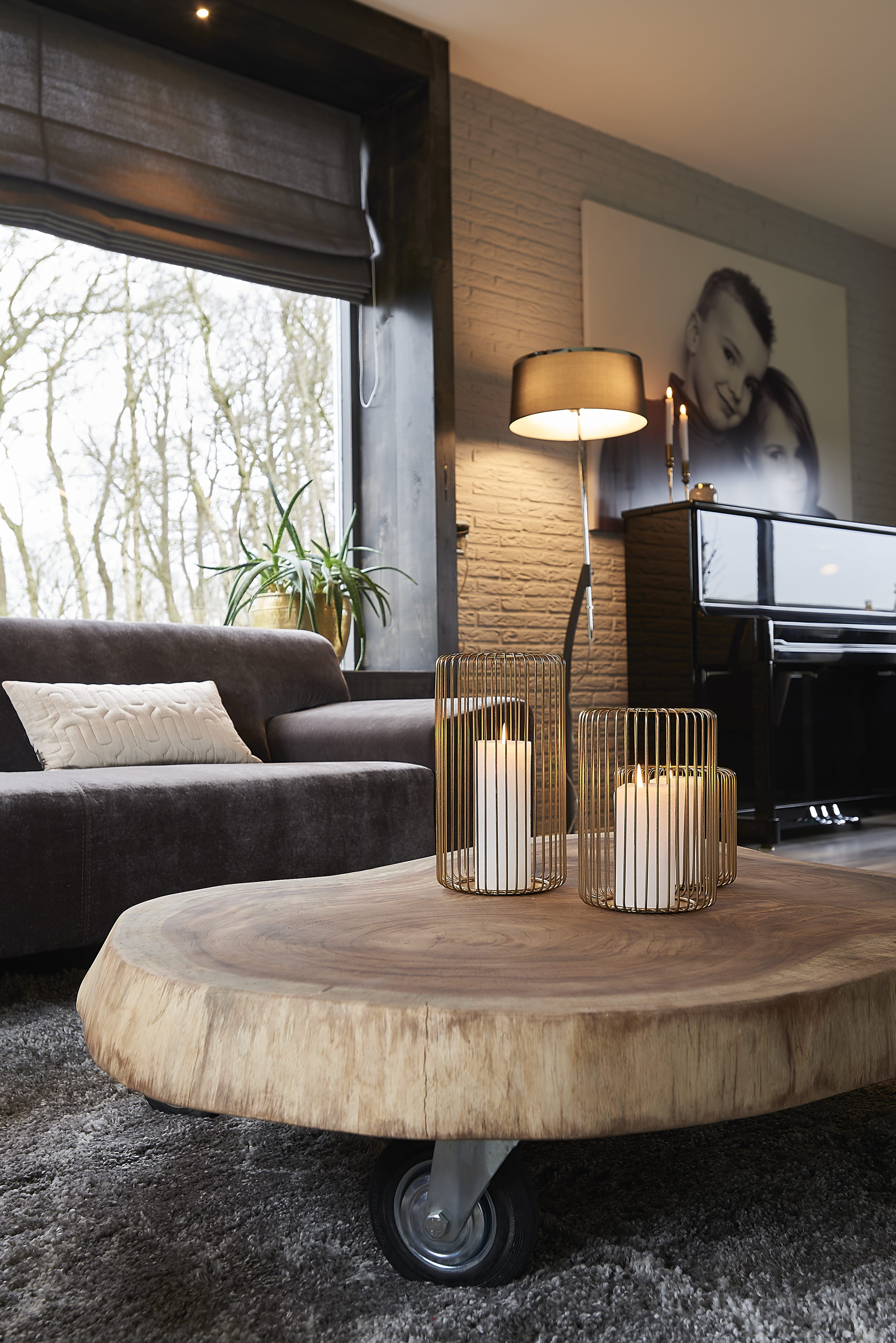 De munggur is een trendy salontafel en in alle maten for Verplaatsbaar huis