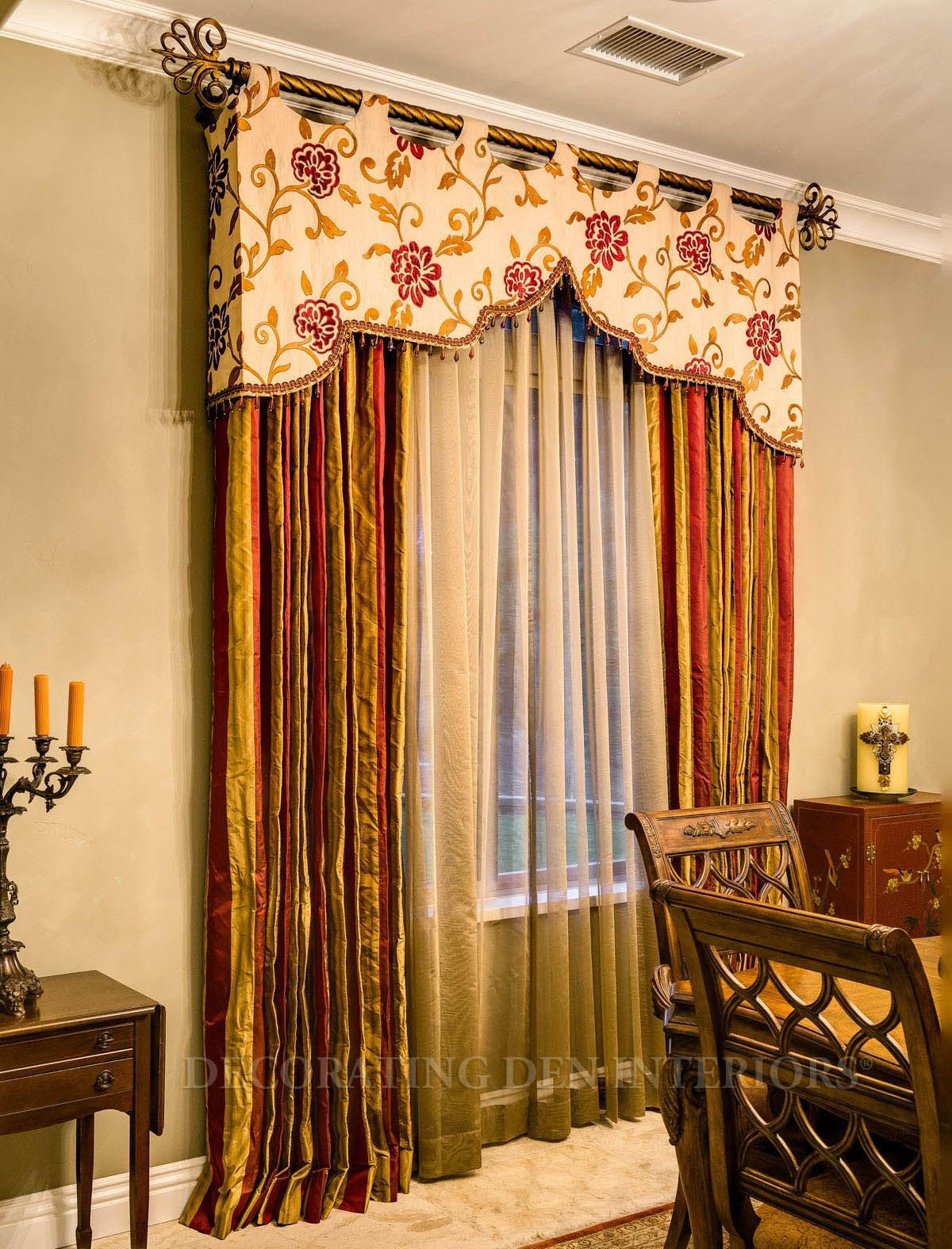 Decorative Curtains For Living Room: A More Creative Way To Do A Very Elegant Top Treament On A