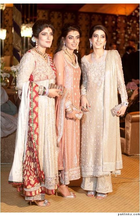 7b3fcf0681 Pakistani Designer Dresses : so appropriate for festive/wedding season