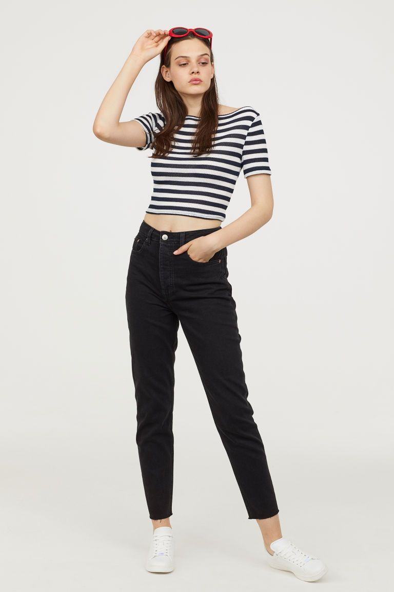 576cc289d7 Slim Mom Jeans in 2019 | new clothes | Slim mom jeans, Ripped denim ...