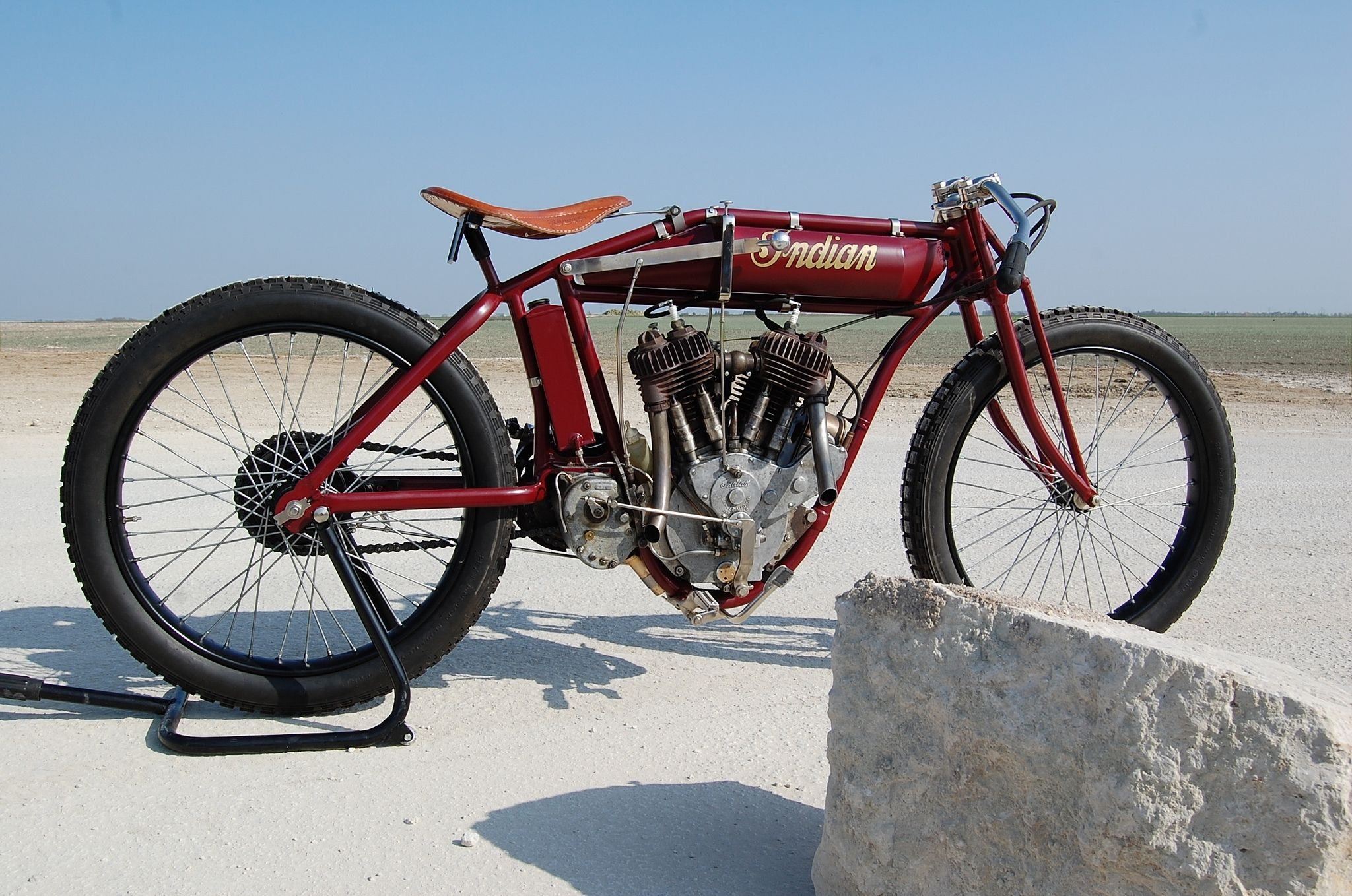 https://flic.kr/p/bZ3DaN | Indian Racer solo 1000cc 1918 ( Fr )
