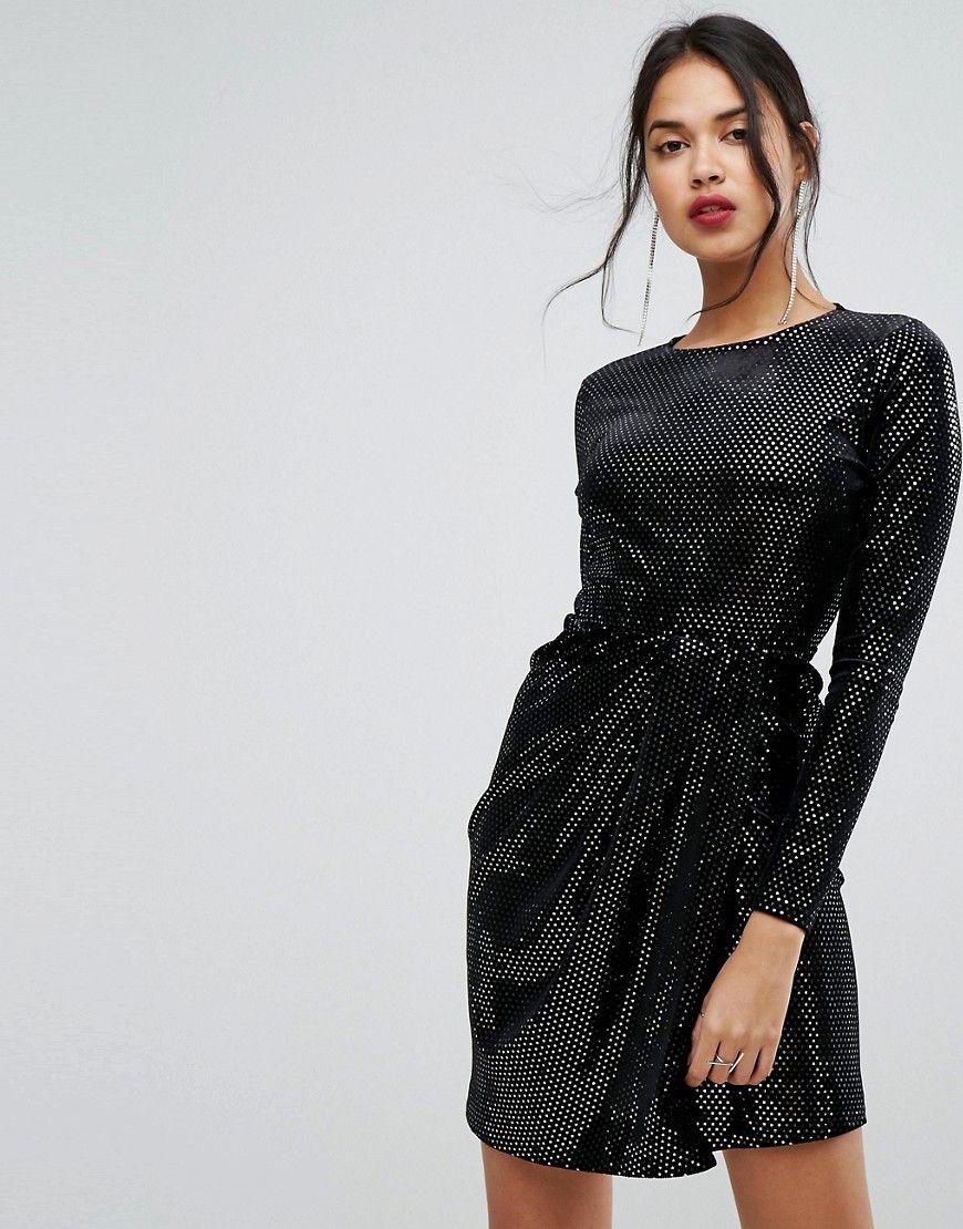 PrettyLittleThing - Glitzerndes Kleid - Schwarz Jetzt bestellen ...
