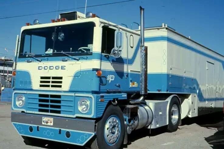 Dodge Tractor Trailer Petty Enterprises Big Trucks Dodge