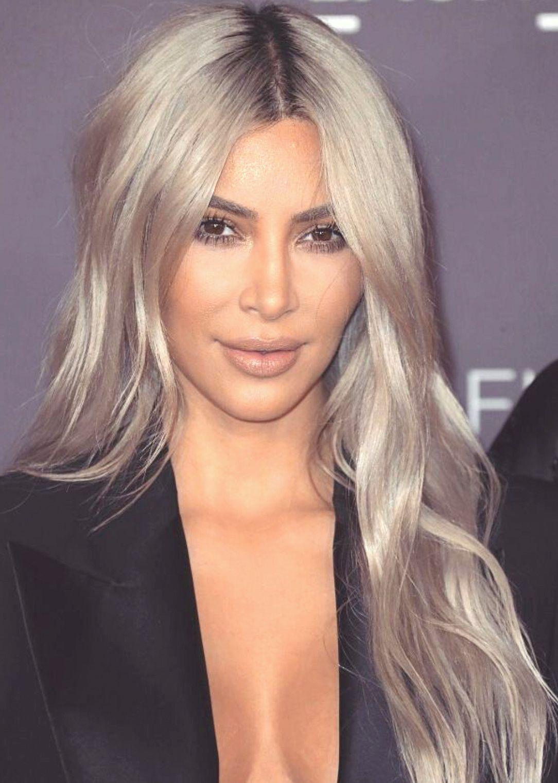 Kim Kardashian Just Dyed Her Hair Silver Blonde Kim Kardashian Hair Platinum Blonde Hair Silver Blonde