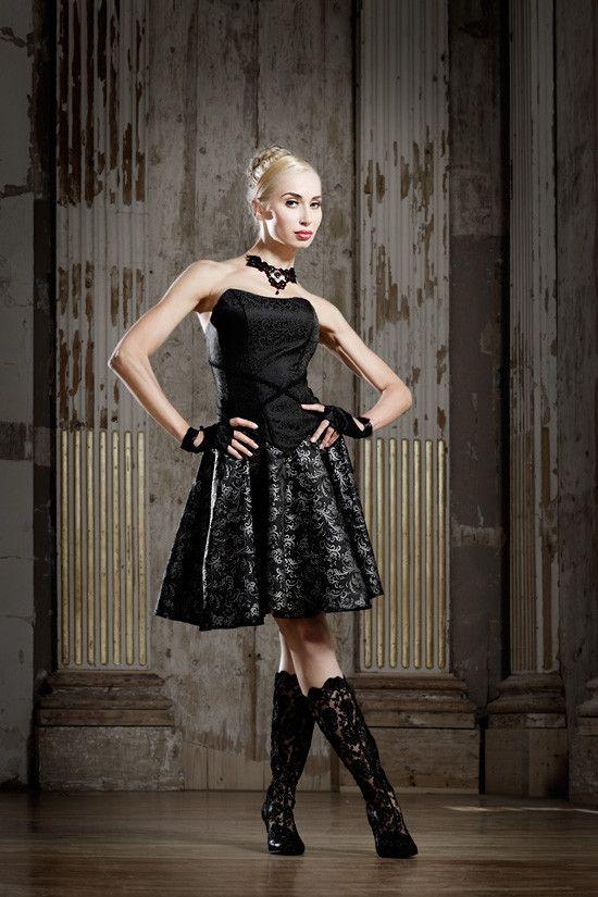 Ausgefallene Couture Dirndl Rockige Dirndl Extravagante