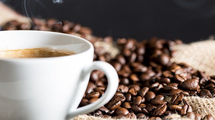 3 Tips For A Healthy And Low Calorie Cup Of Coffee (Without Sacrificing Taste)!