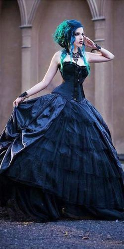 21 Gothic Wedding Dresses: Challenging Traditions | Gothic corset ...