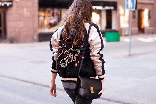 8bb3030e13 Jaqueta Varsity  looks com jaqueta varsity. como usar jaqueta varsity.  Fotos de celebridades usando vasity jackets. Blog de moda e estilo.