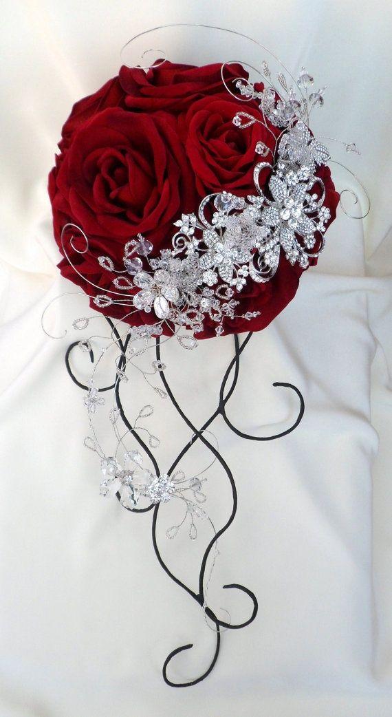 Blanco Rojo y Plata Boda nupcial Bridesmaids Ramo de flores con perlas rosas