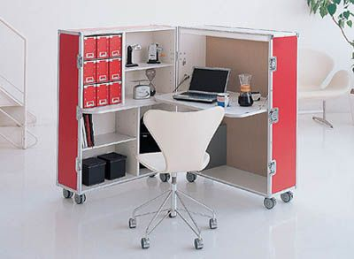 Attrayant Boxy Offices   The Trunk Station Is A Modular Office Design That Comes  Hidden Inside A Wooden Box On Wheels. The Collection Includes Both A Desk And  A Chair ...