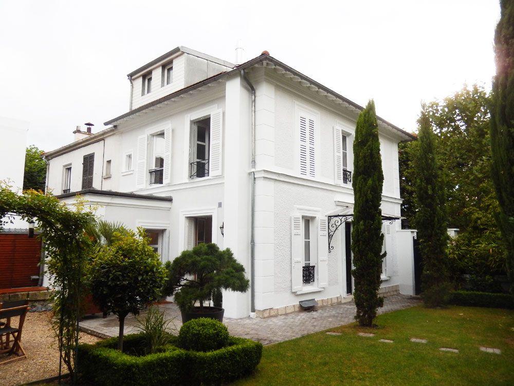 Traiter les fissures, embellir la maison par une mise en peinture - peinture de facade maison