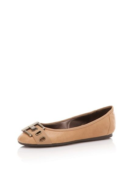 Love these flats with the BOLD buckle!=)