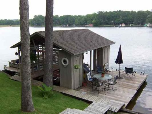 10 Boathouses That Will Blow You Away Lakefront Living House