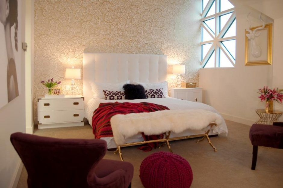 Bedroom: White Bedroom With Gold And Red Also Maroon ...