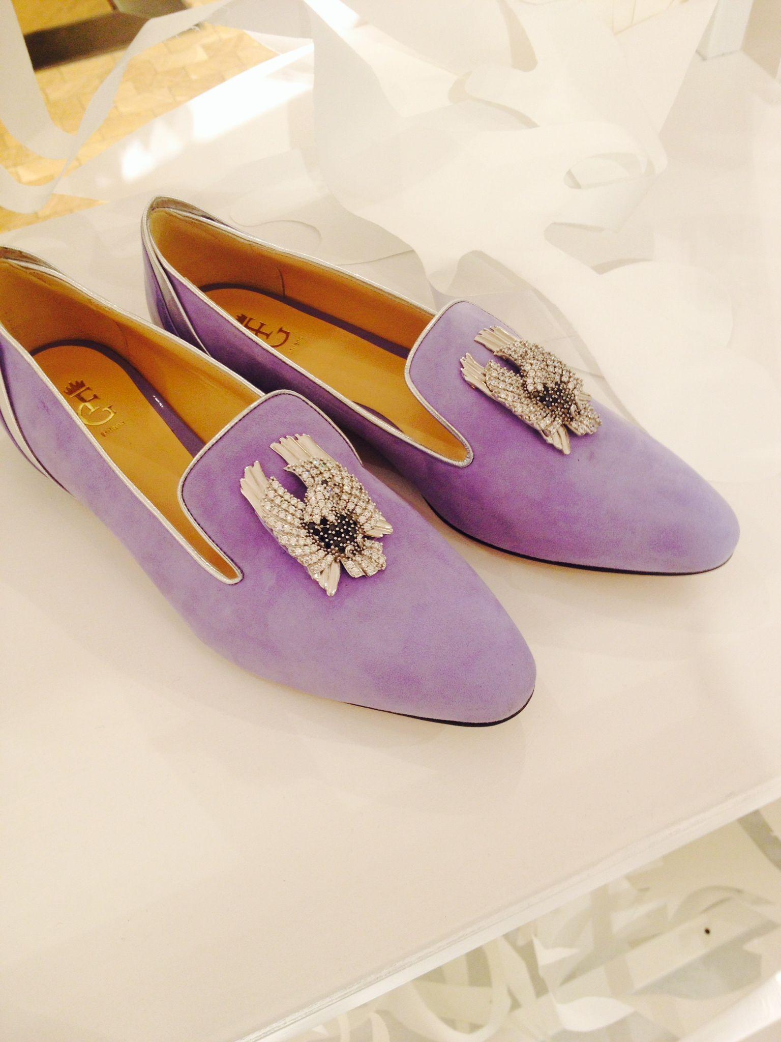 Dettagli gioiello firmati TATITOTO impreziosiscono alcuni modelli di scarpe FG Milano