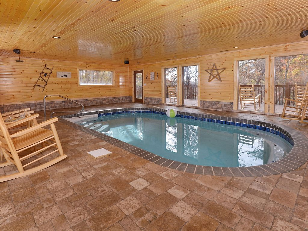 Indoor Heated Pool Sleeps12 Grill Private Convenient Location Caton Hot Tub Indoor Swimming Pools Pool Hot Tub