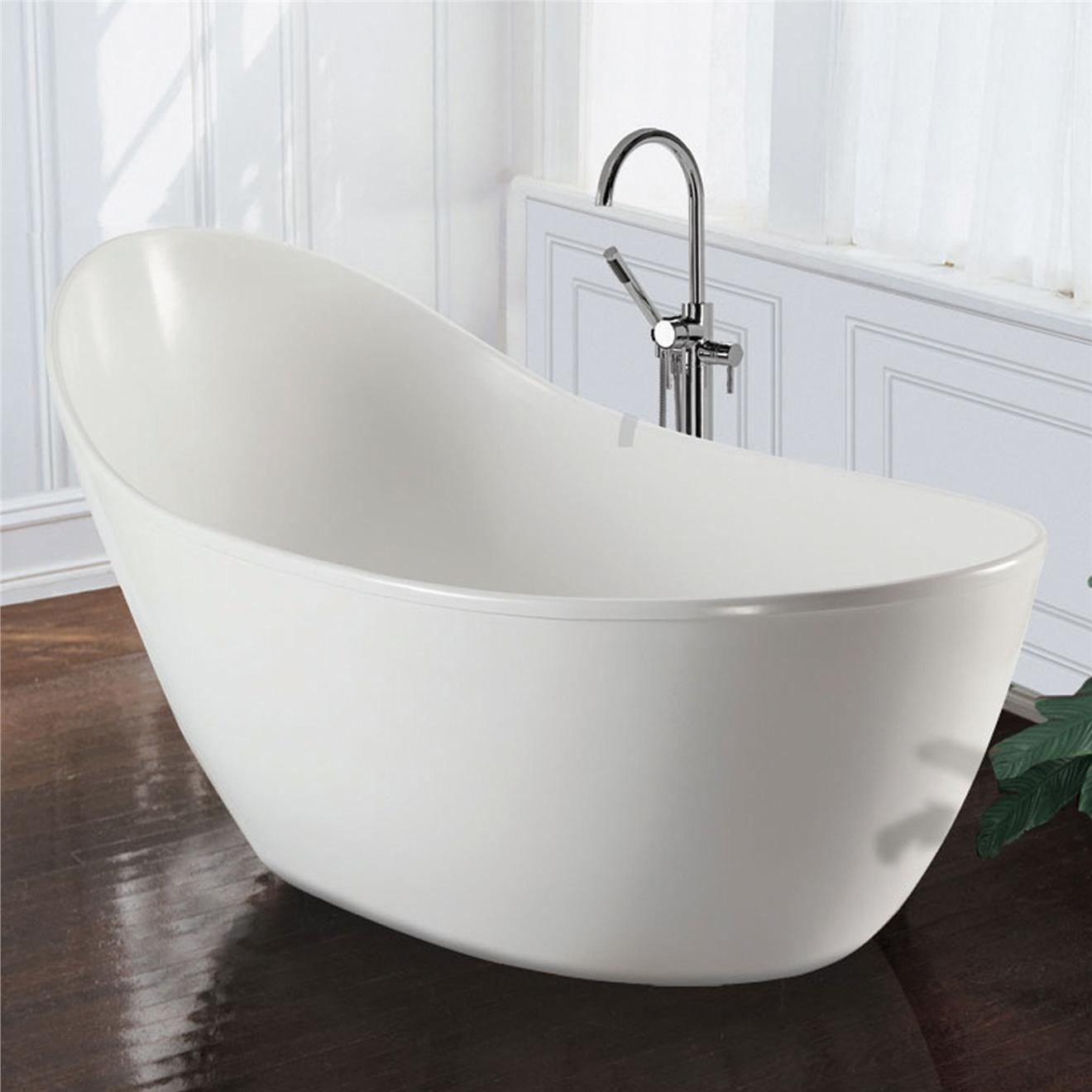 love the slipper style soaker tub but will it look dated