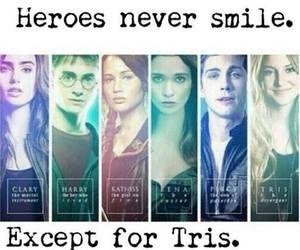 Heroes never smile. Except for Tris. She's Divergent. | via Facebook